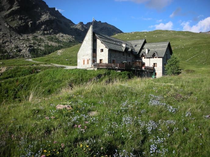 Rif. Ca' Runcasch 2170 m