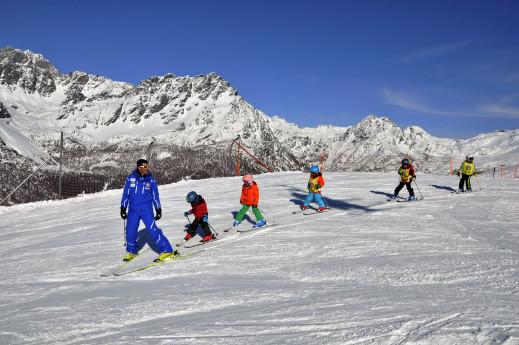 A lezione di sci - scuola italiani sci e snowboard Valmalenco