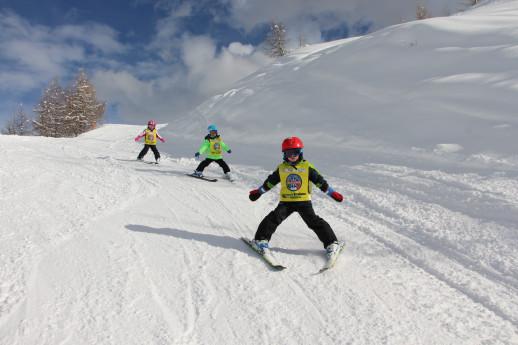 Ski & snowboard schools