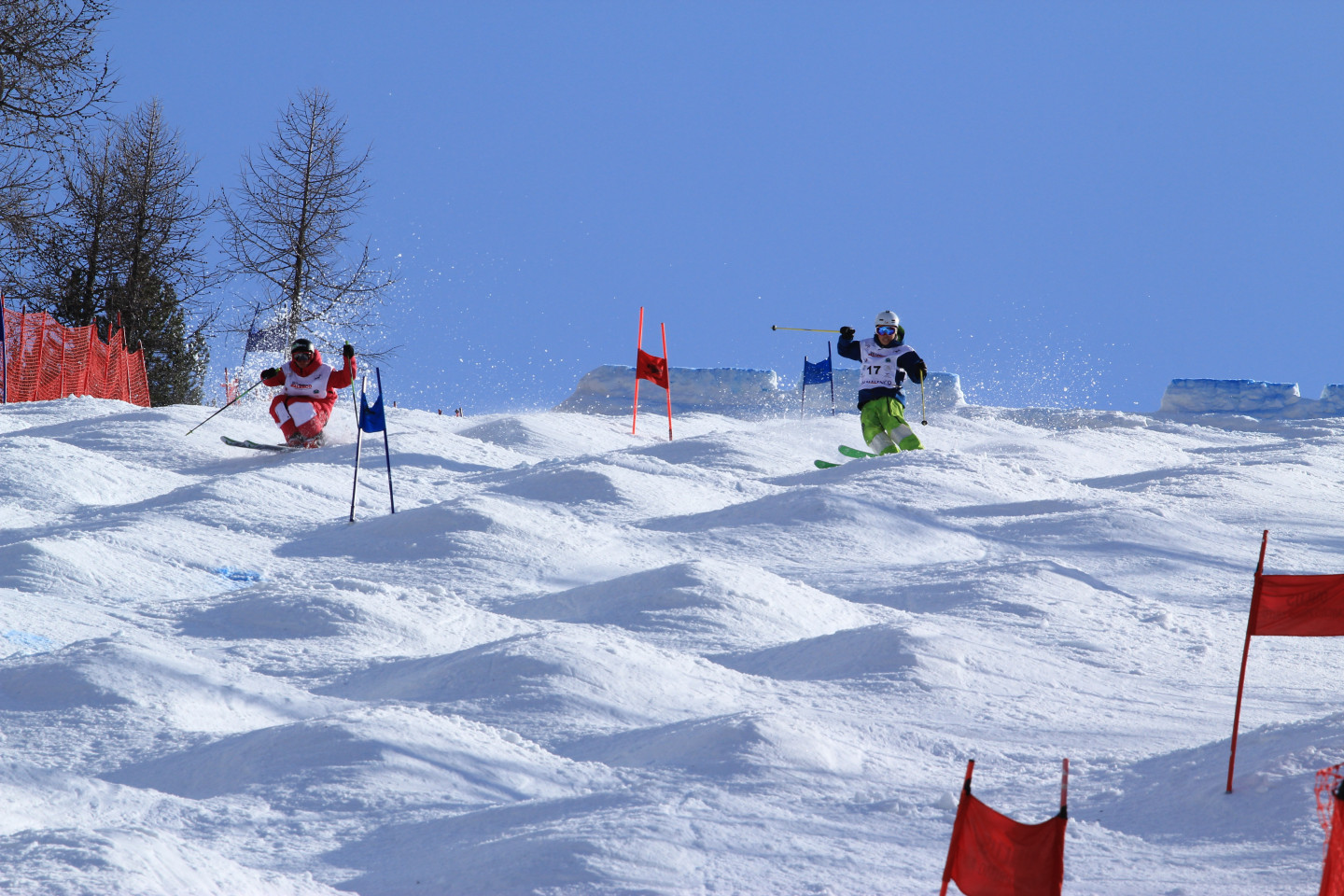 Moguls competition at the Palù park in Valmalenco