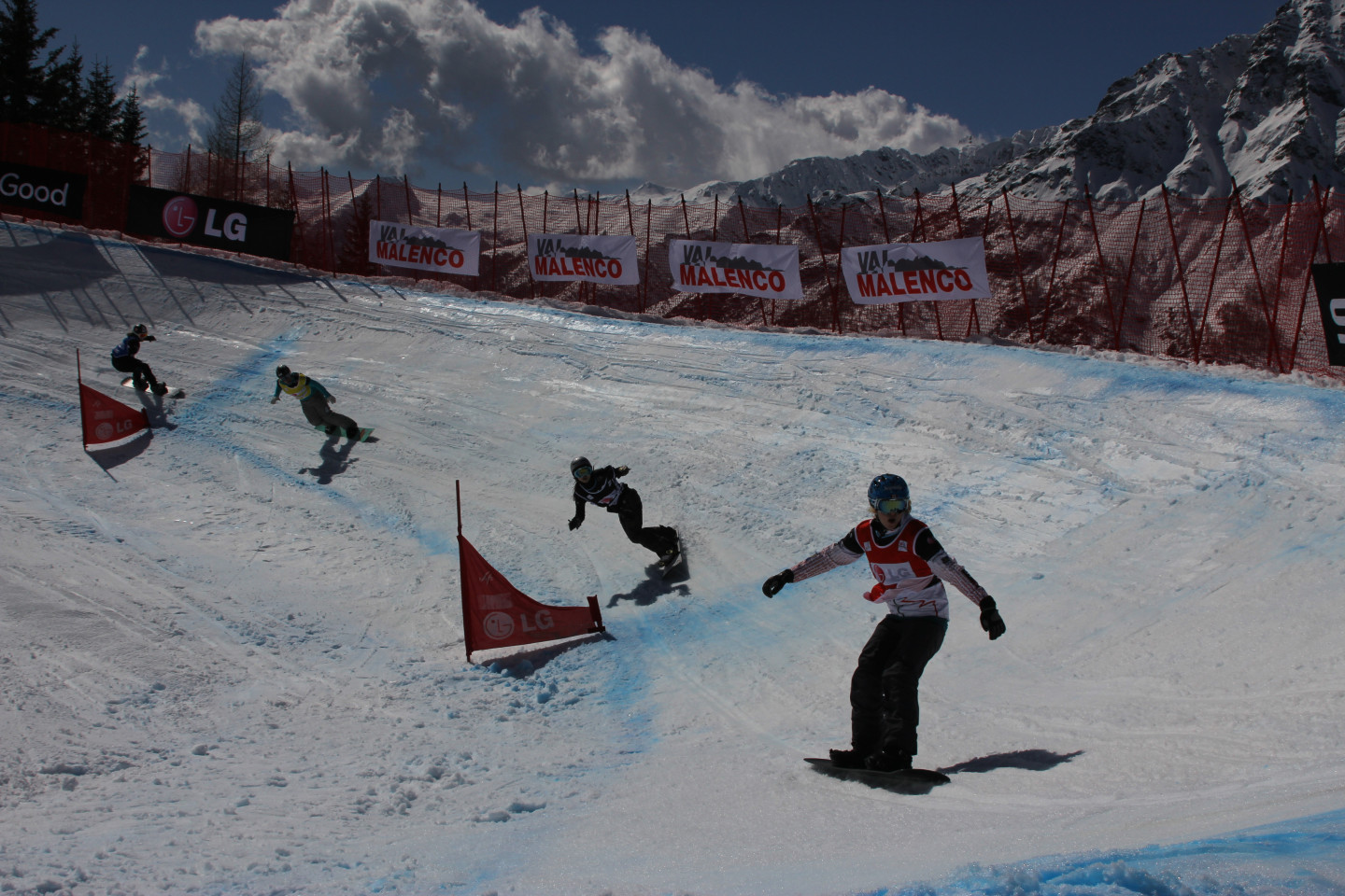 Snowboardcross competition at the Palù Park in Valmalenco