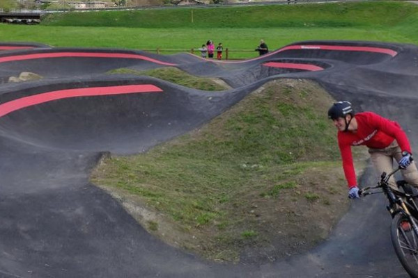 pump track Poggiridenti